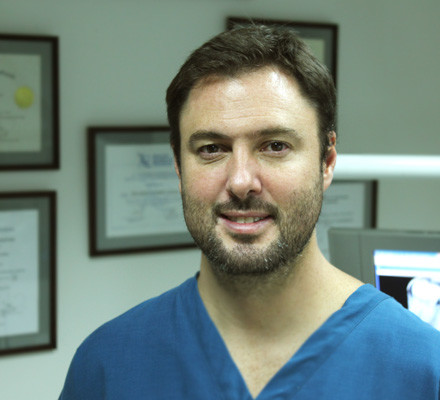 Dr. Gustavo Gutiérrez Claire. DDS