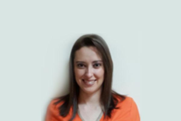 Dra. Paula Fonseca D'Avanzo. DDS